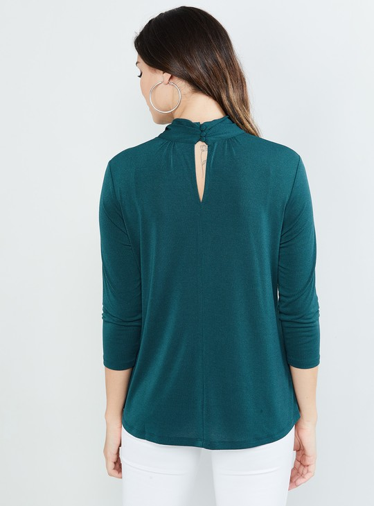 MAX Solid Three-quarter Sleeves Cut-out Neck Top