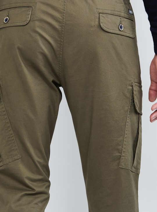 MAX Solid Cropped Cargo Pants