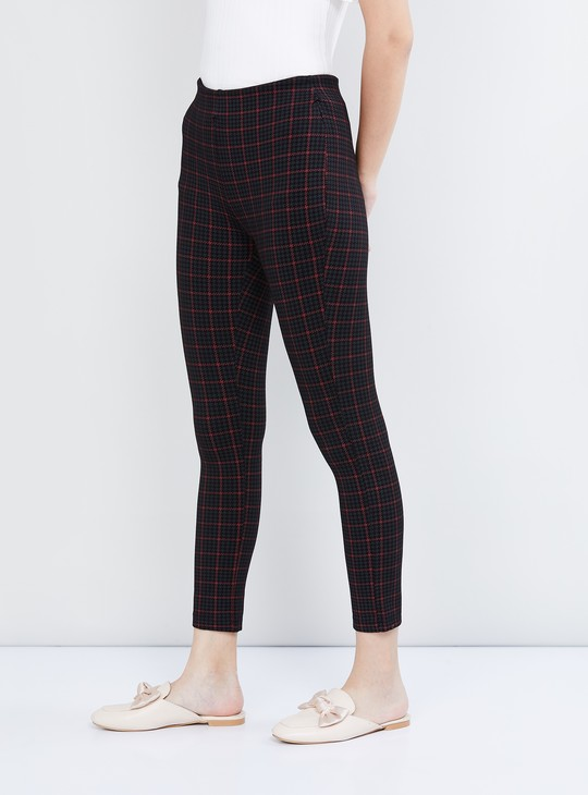 MAX Checked Ankle Length Pants