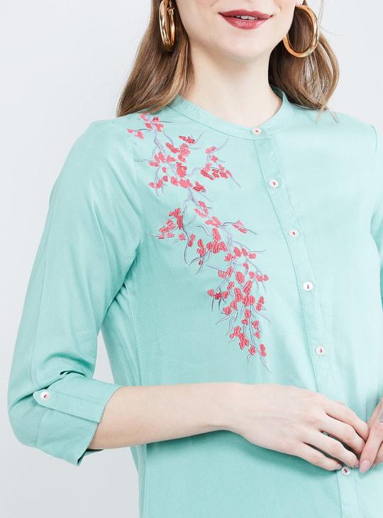 MAX Embroidered Three-quarter Sleeves Kurta