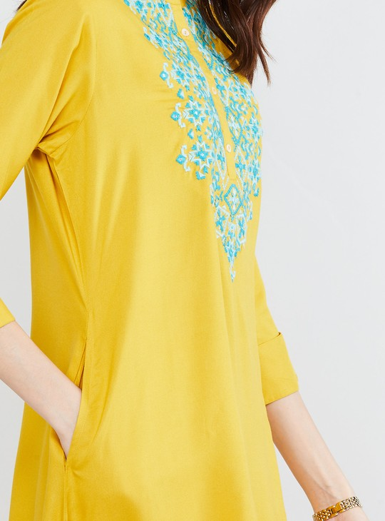 MAX Embroidered A-line Kurta