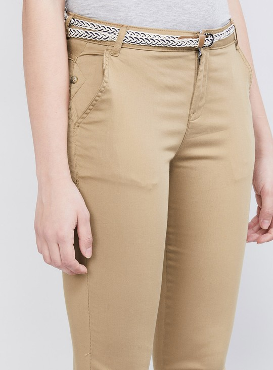 MAX Solid Capris with Belt