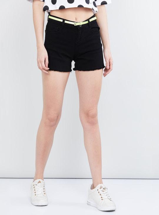 MAX Frayed Hems Denim Shorts with Detachable Belt