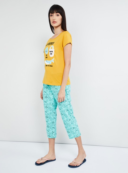 MAX Graphic Print Lounge T-shirt with Capris