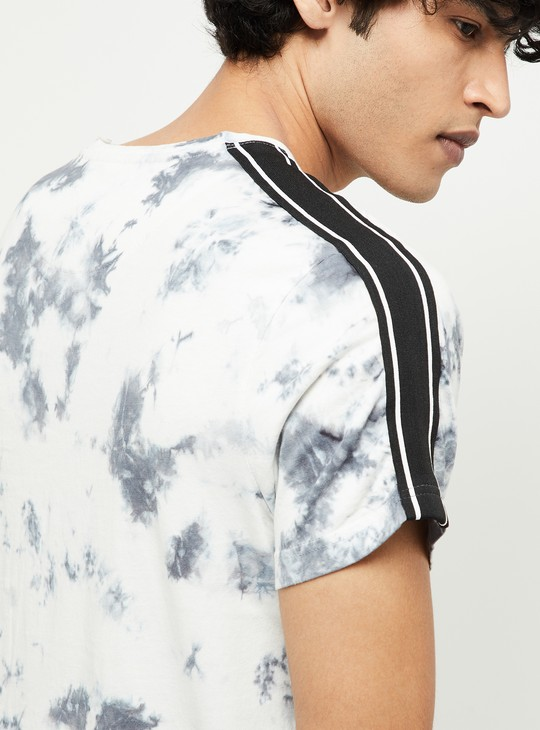MAX Dyed Slim Fit Crew Neck T-shirt