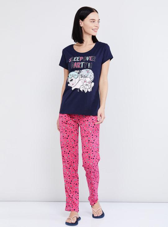 MAX Printed T-shirt and Elasticated Pant