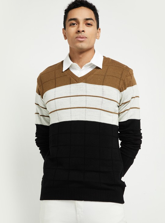 MAX Reversible V-neck Sweater