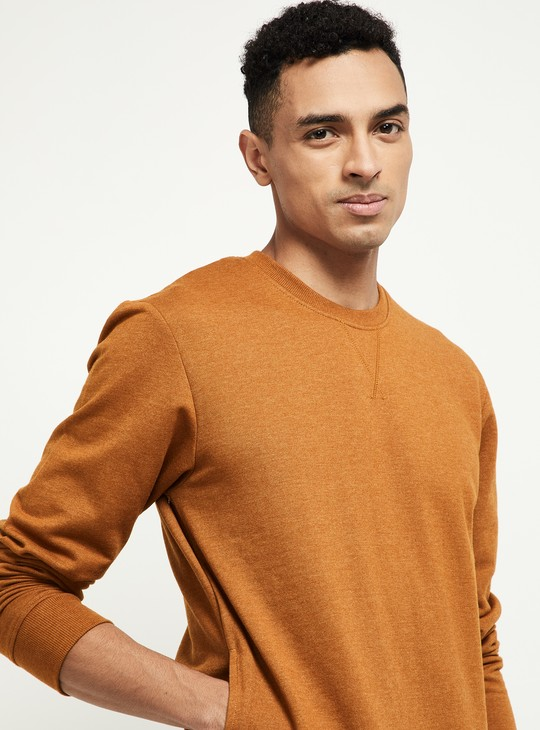 MAX Solid Sweatshirt with Insert Pockets