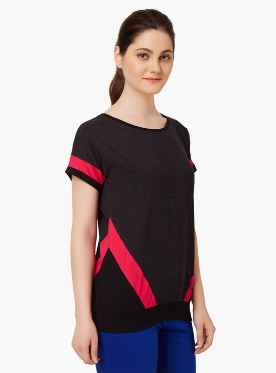 MAX Round Neck Striped Sleeves Top