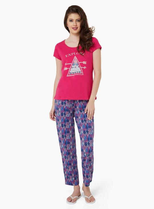 MAX Keep Exploring Top & Pyjama Set