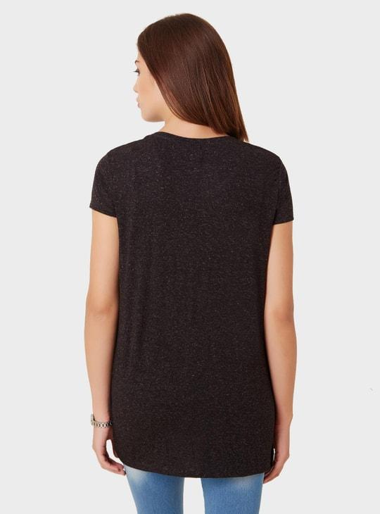 MAX V-Neck Side Slit T-Shirt