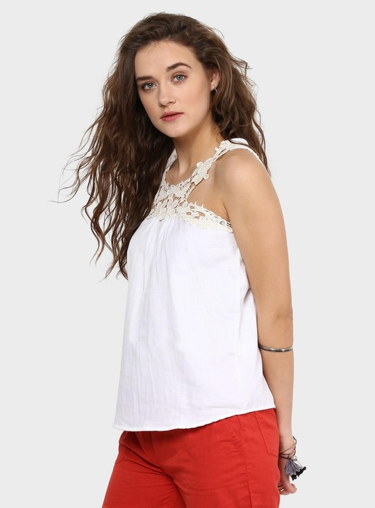 MAX Lace Love Key Hole Detail Top