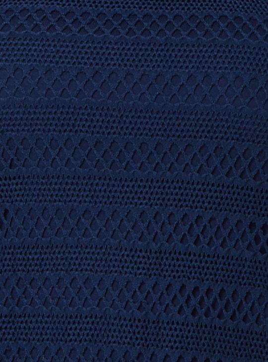 MAX Sleeveless Key-Hole Detail Top