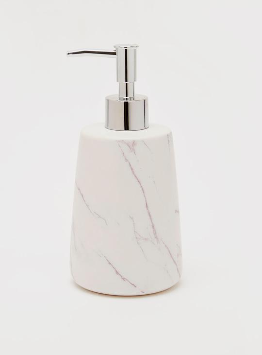 طقم حمام متعدد التصاميم - قطعتين