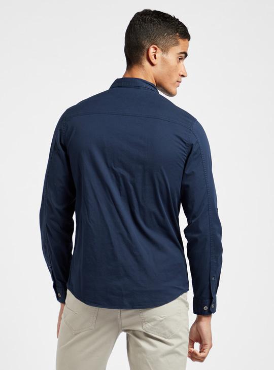 قميص سادة سليم فيت بياقة عاديّة وأكمام طويلة