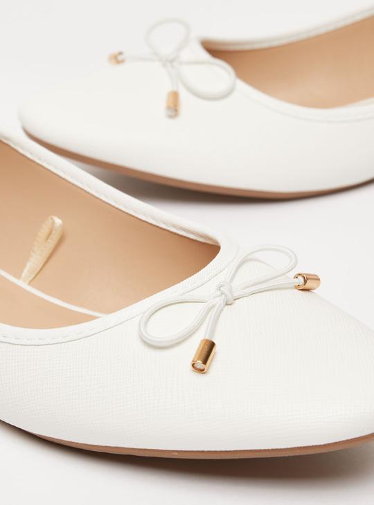 Textured Slip On Ballerinas with Bow