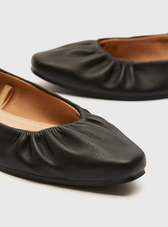Solid Slip-On Ballerinas