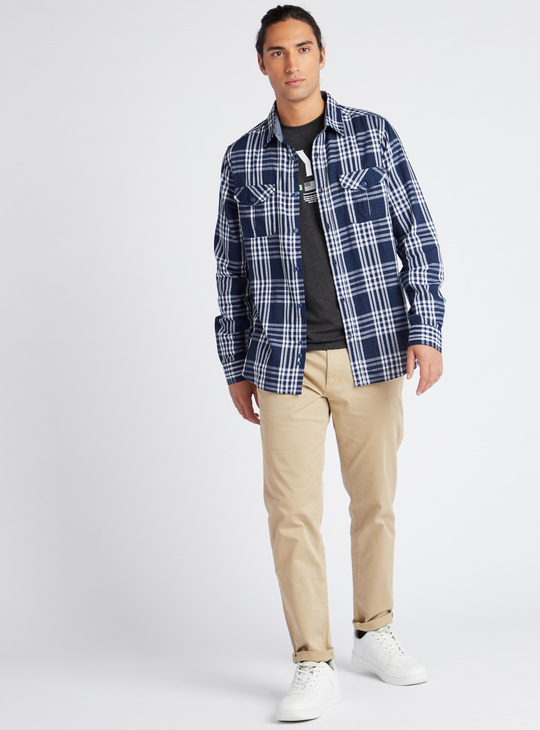 Solid Mid Rise Chinos with Belt and Pockets