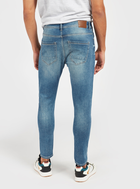 Solid Carrot Fit Denim Jeans with Pockets and Zip Closure