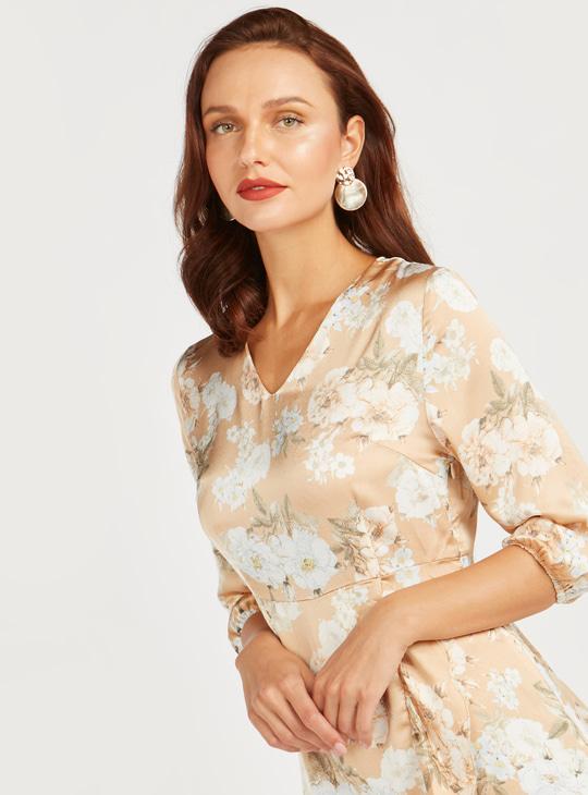 Floral Print Midi Dress with 3/4 Sleeves and Asymmetric Hem