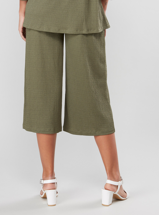 Maternity Wide Fit Textured Mid Waist Culottes with Pocket Detail