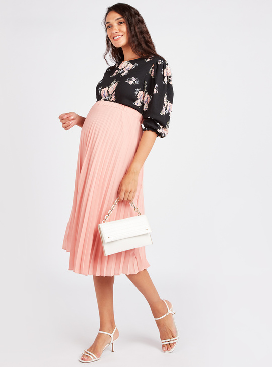 Maternity Floral Print Top with Round Neck and 3/4 Sleeves