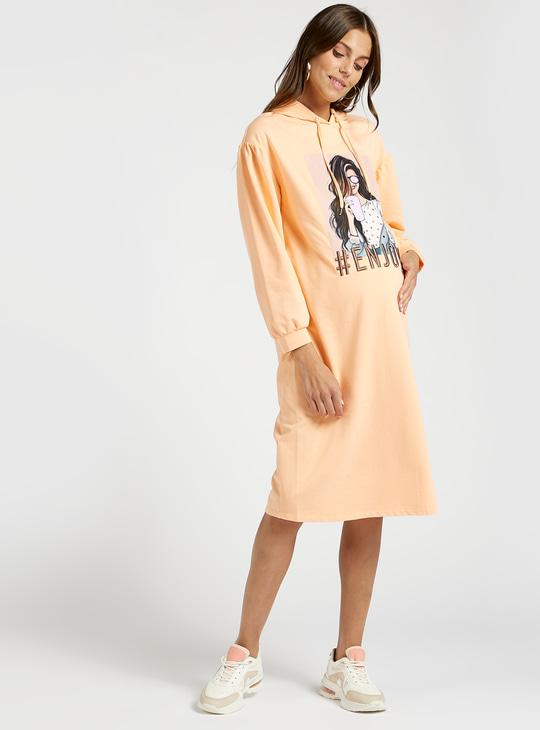 فستان سويت شيرت للحوامل بطبعات جرافيك وأكمام طويلة وقبّعة