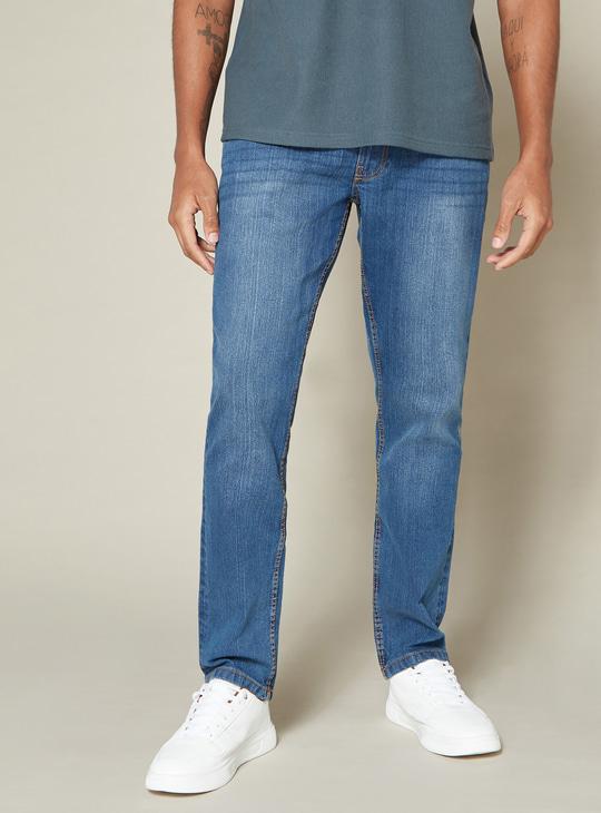 بنطلون جينز طويل بخصر متوسط الارتفاع وجيوب وزر إغلاق