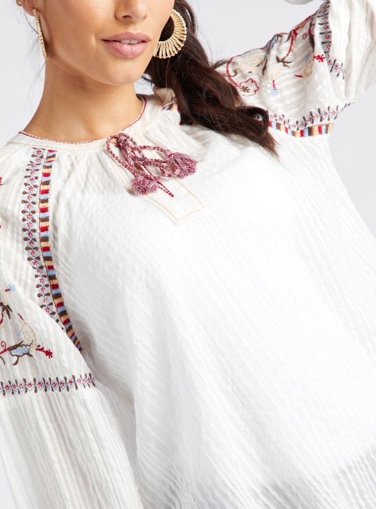 Embroidered Boho Blouse with Round Neck and Long Sleeves