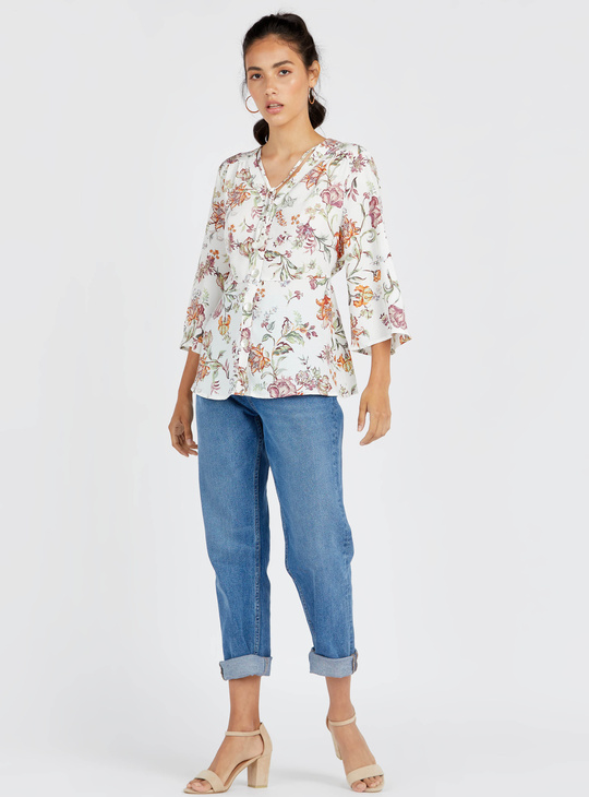 Floral Print Top with V-neck and 3/4 Sleeves