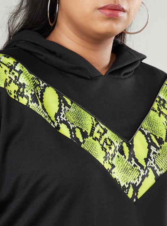 Animal Printed Crop Hoodie with Long Sleeves