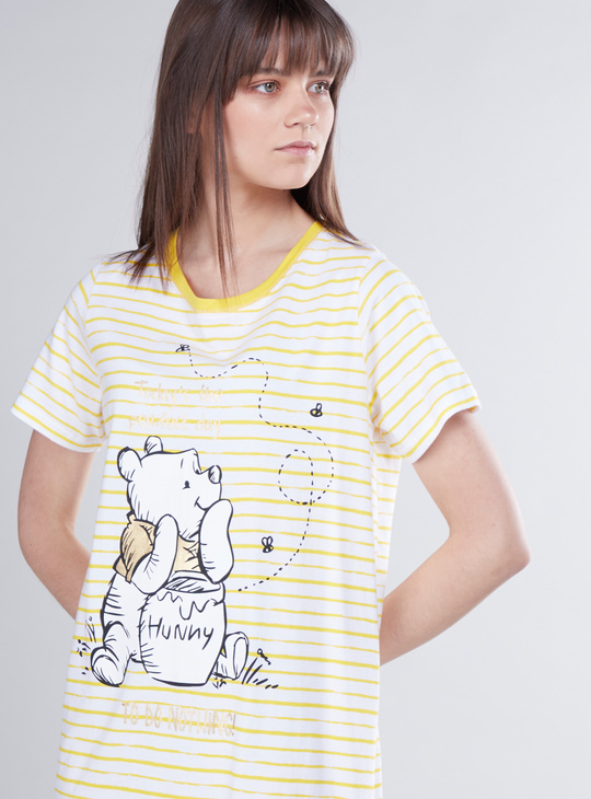 Winnie-the-Pooh Print Sleepdress with Round Neck and Short Sleeves