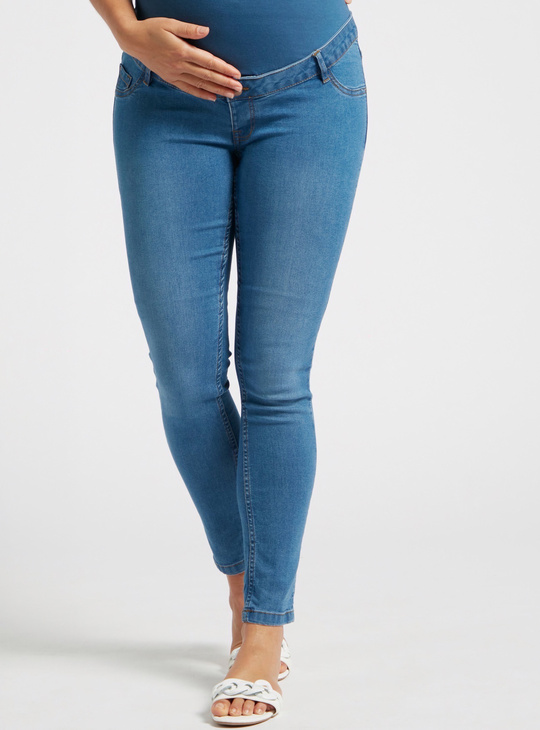 Slim Fit Solid Mid-Rise Cropped Maternity Jeans with Elasticised Waist