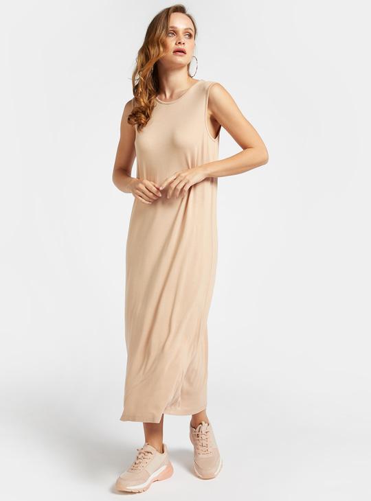 فستان طويل واسع سادة دون أكمام بياقة مستديرة