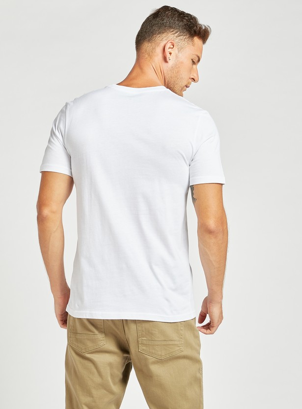 Solid Slim Fit Crew Neck T-shirt with Short Sleeves