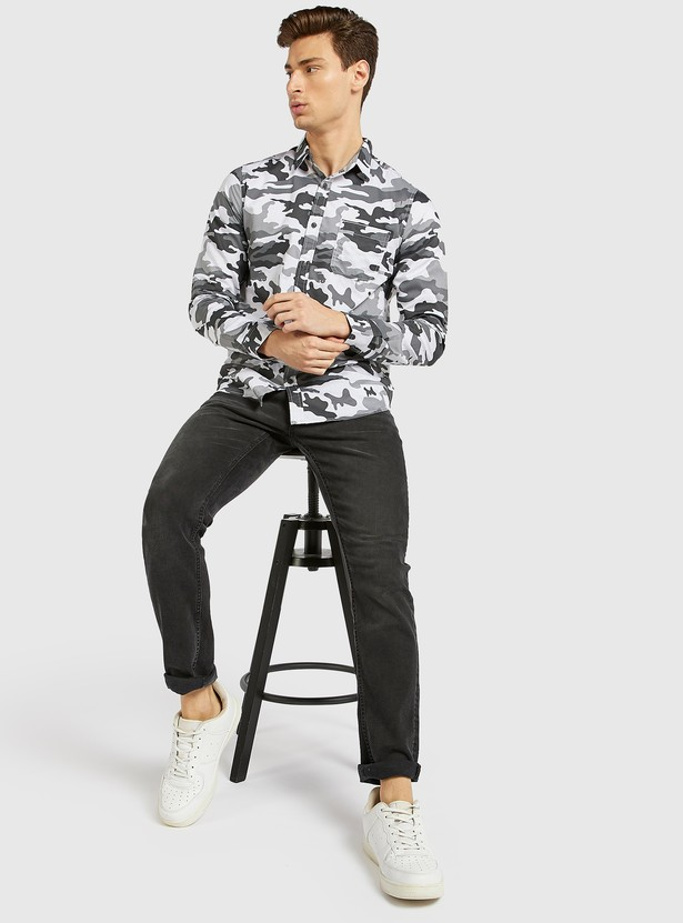 Camouflage Print Shirt with Collar and Long Sleeves
