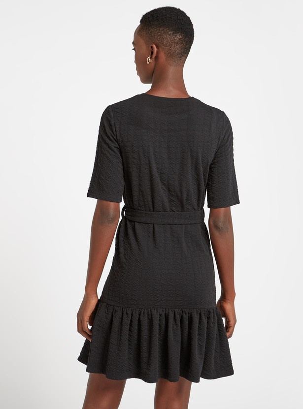 Textured Knit Tiered Dress with Short Sleeves and Belt