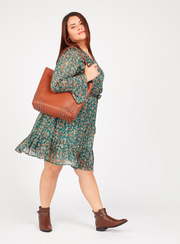 فستان ميدي إيه لاين بياقة V وأكمام طويلة وطبعات