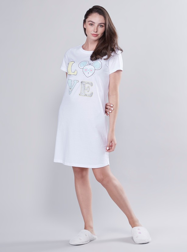 Embroidered Sleep Dress with Round Neck and Short Sleeves