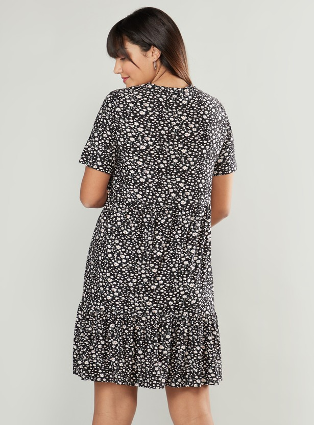 Printed Midi A-line Maternity Dress with Crew Neck and Short Sleeves