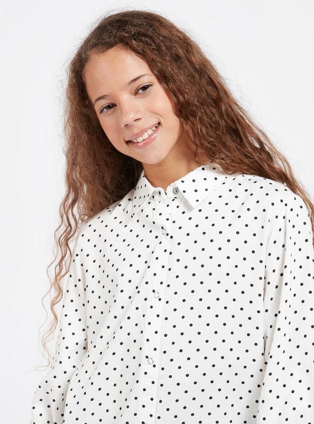 قميص بطبعات أزهار وأكمام طويلة ووصلة أزرار كاملة
