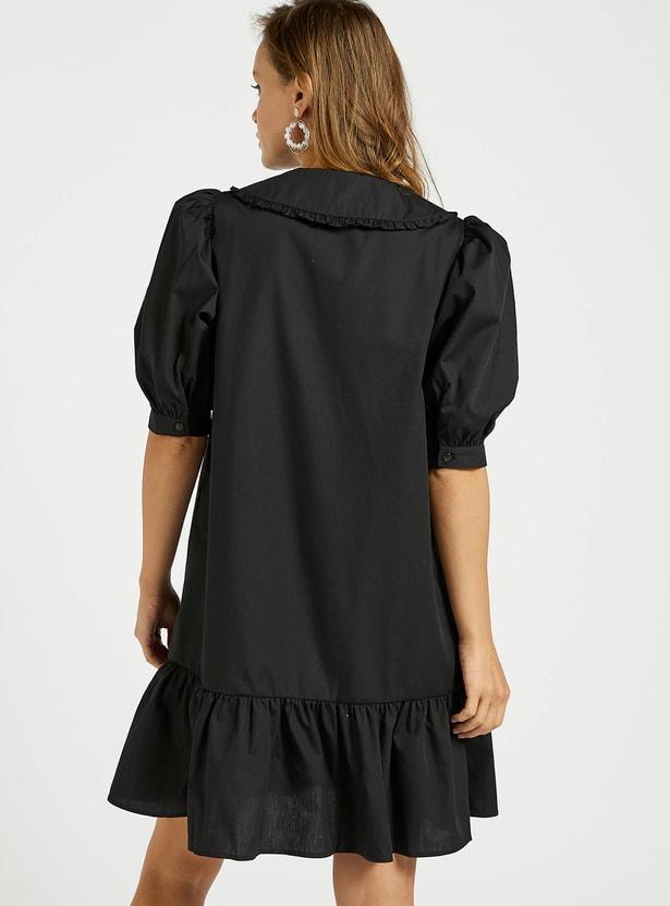 فستان سادة متعدد الطبقات بأكمام منفوشة وزر إغلاق