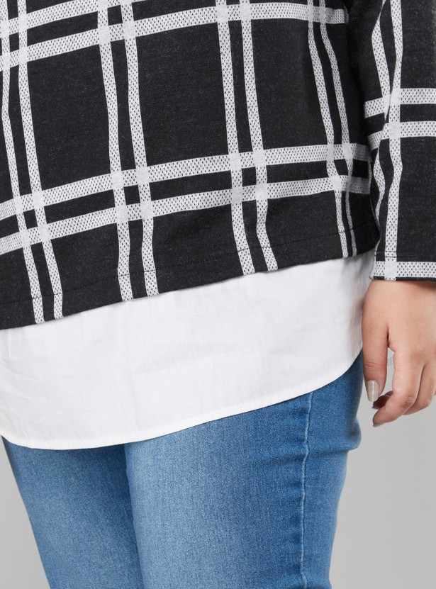 Chequered Top with Round Neck and Long Sleeves