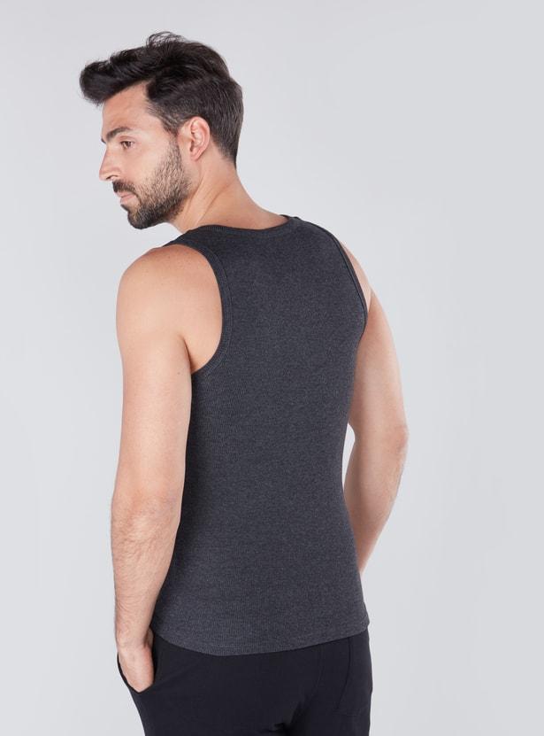 Sleeveless Vest with Round Neck