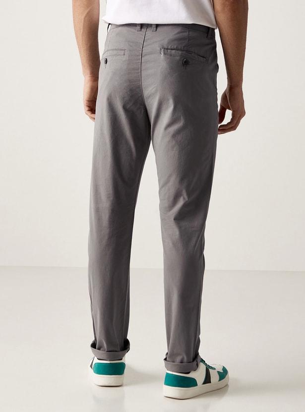بنطلون شينو سليم سادة بتفاصيل جيوب وعراوي حزام