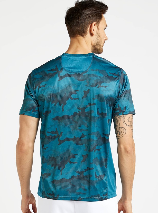 Camouflage Graphic Print T-shirt with Short Sleeves