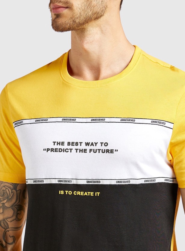 Slim Fit Panel Block T-shirt with Round Neck and Short Sleeves
