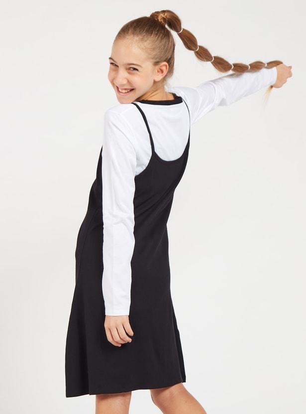 طقم فستان مريلة سادة وتيشيرت بأكمام طويلة وطبعات