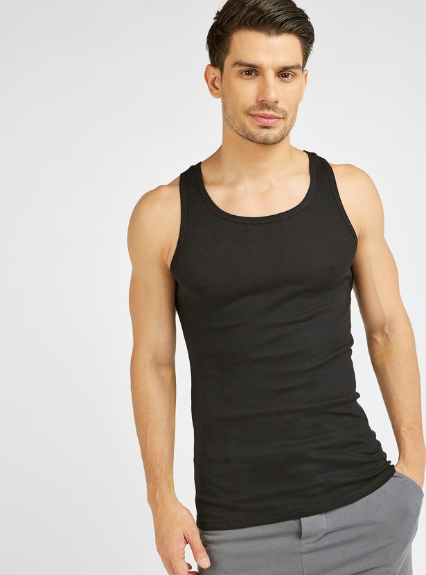 Solid Sleeveless Vest with Round Neck