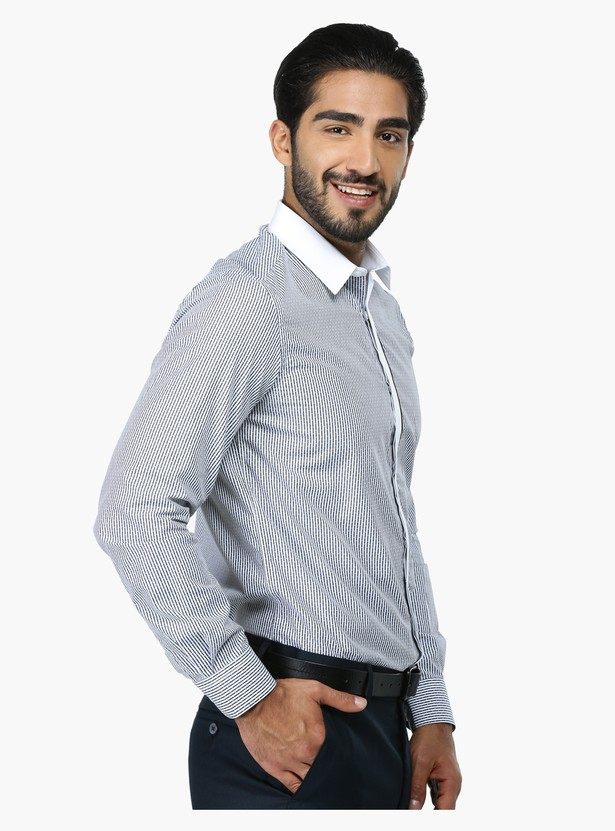 Striped Long Sleeves Formal Shirt in Slim Fit with Concealed Placket